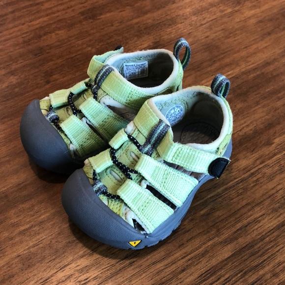 9b83b2626b423 Keen Shoes   Toddler Sandals Water   Poshmark